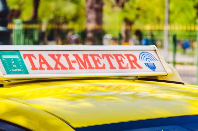 taxi-bangkok-thailand