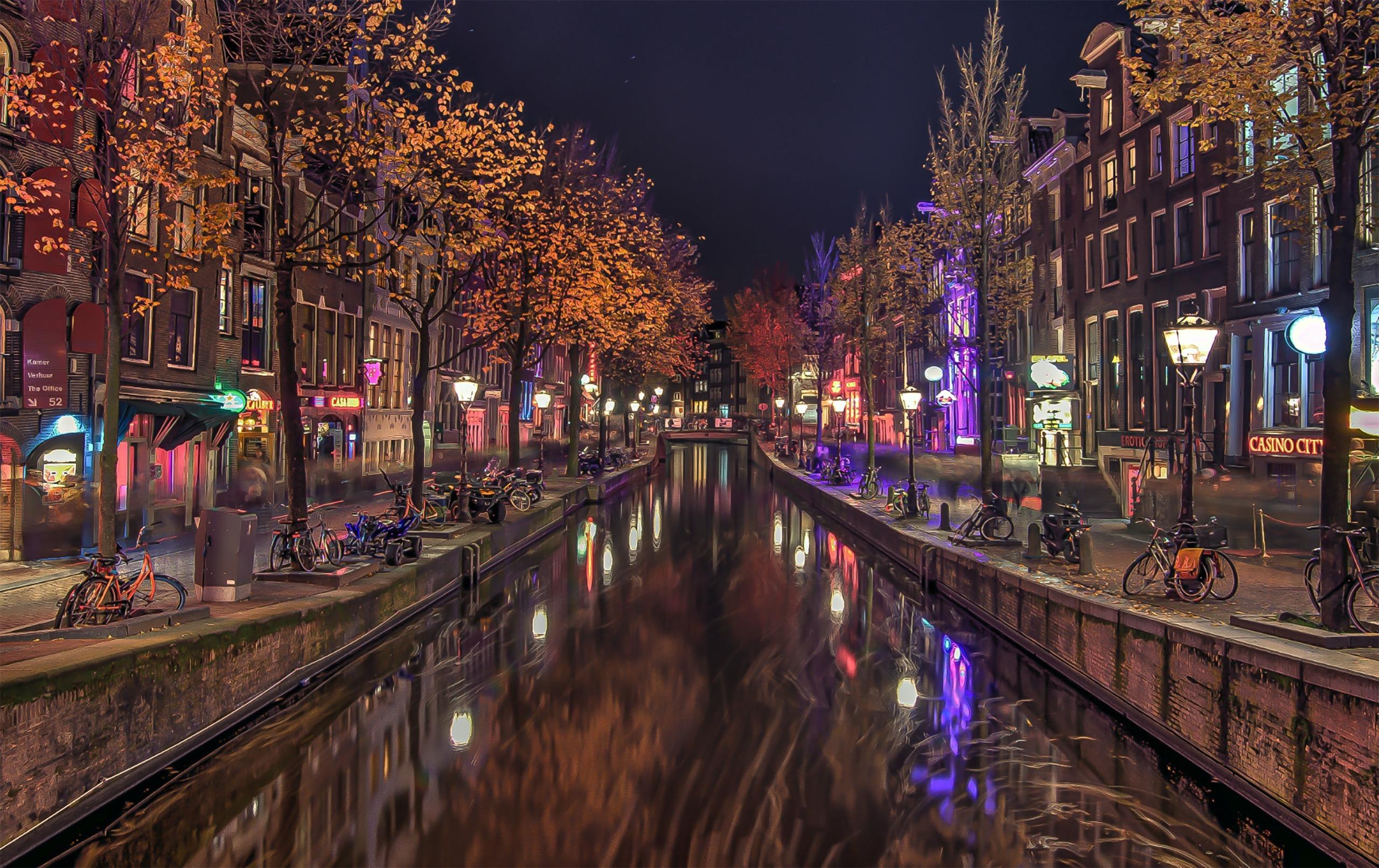 Amsterdam preise prostituierte Schaufenster