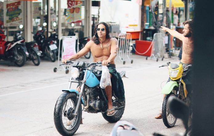 thailand-streeets-people-cool-streets-free-people-kohphangan