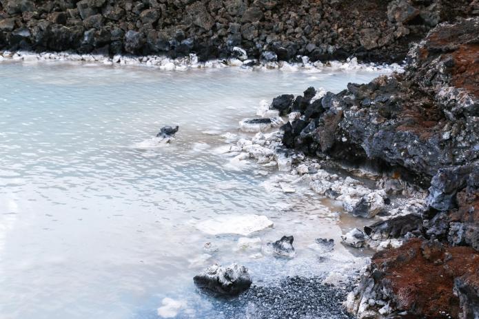 island-blue-lagoon