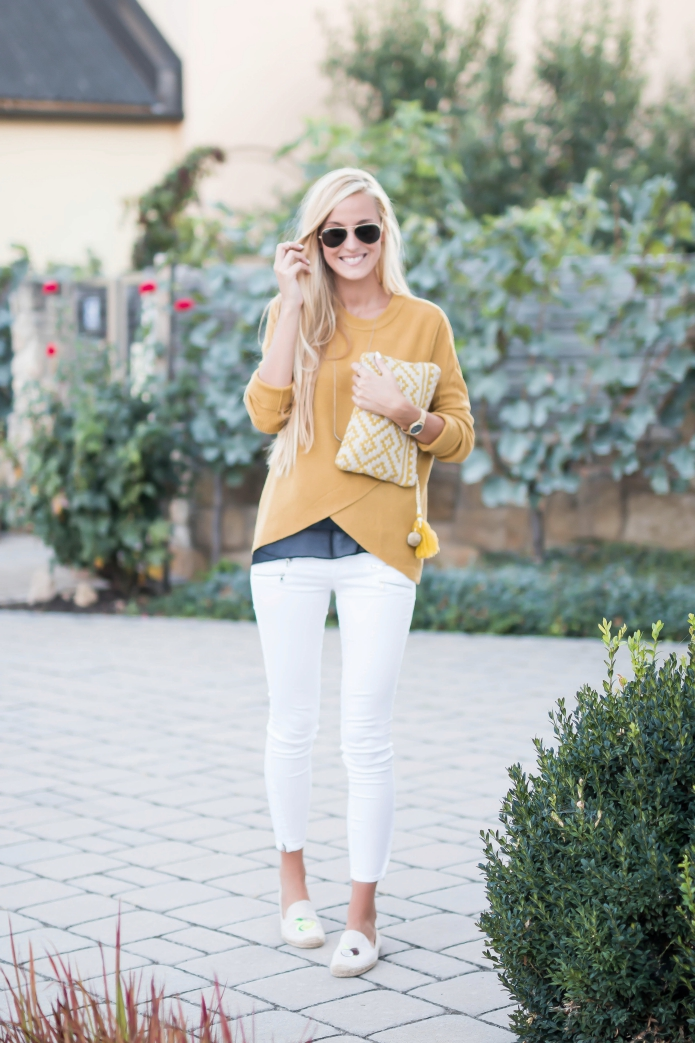 outfit-summer-fall-white-jeans