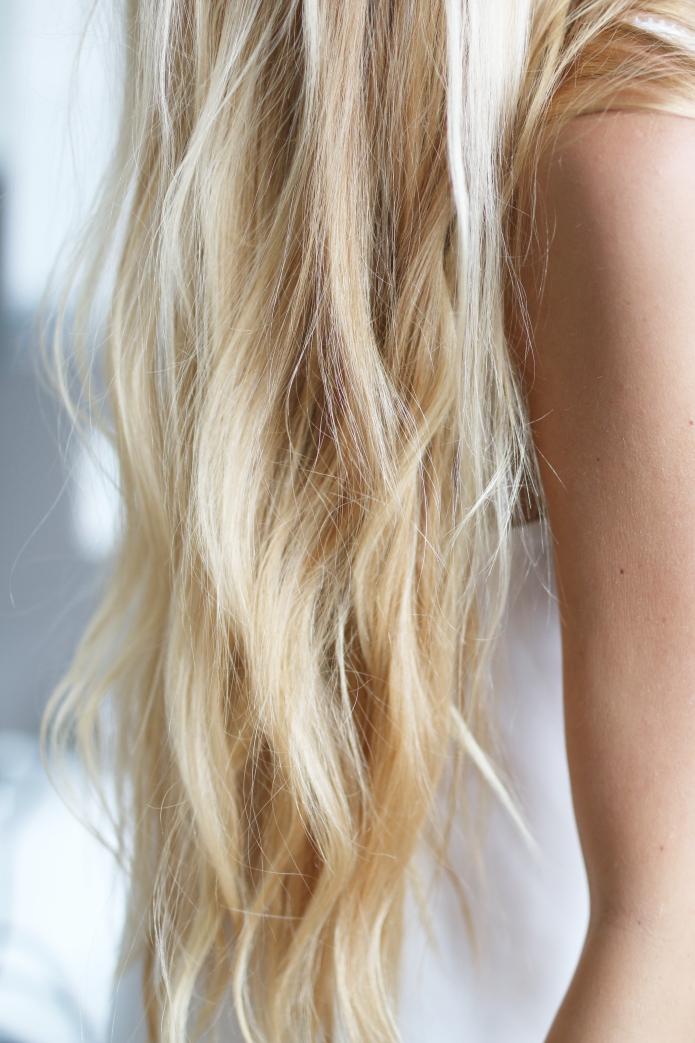 hair-blondebeachwaves