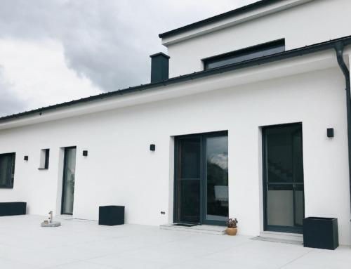 Terrasse bauen – Terrassenplatten aus Feinsteinzeug selbst verlegen
